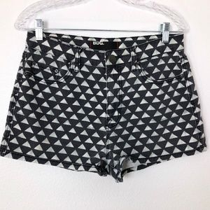 UO BDG Triangle Print High Rise Shorts
